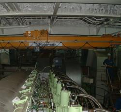 vessel-engine-crane-thumb